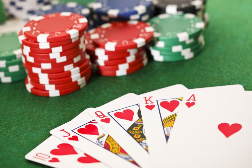 Play Poker Gaming's Online - Come To Be a Millionaire