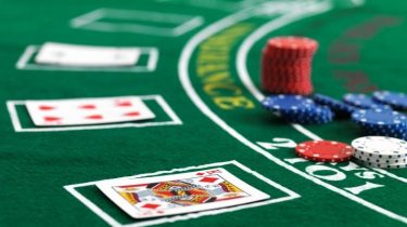 The Pros of Online Mobile Poker