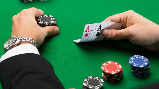 How to Be on the Safe Side of Online Casinos