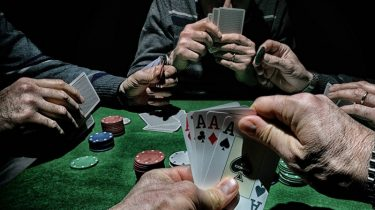 Learn To Do Online Casino Like Knowledgeable